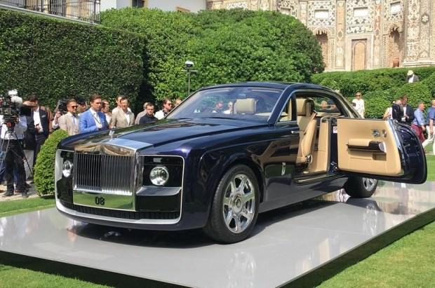 Самое дорогостоящее авто в мире продемонстрировали в Италии